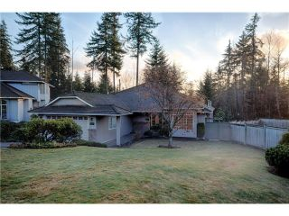 Photo 1: 1969 DUNROBIN Crescent in North Vancouver: Blueridge NV House for sale : MLS®# V1038515