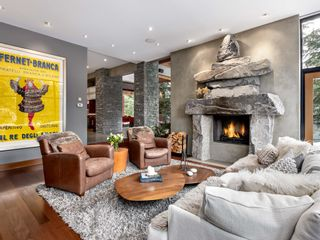 Photo 4: 6327 FAIRWAY Drive in Whistler: Whistler Cay Heights House for sale : MLS®# R2613500