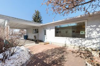 Photo 3: 11419 Wilson Road SE in Calgary: Willow Park Detached for sale : MLS®# A1079047