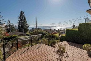 Main Photo: 1027 CLYDE Avenue in West Vancouver: Sentinel Hill House for sale : MLS®# R2545016