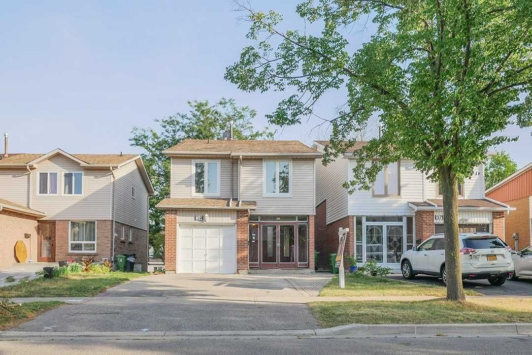 Main Photo: 39 Bushmills Square in Toronto: Agincourt North House (Backsplit 5) for sale (Toronto E07)  : MLS®# E4836046