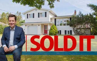 Photo 1: 2 Smith Lane: Sackville House for sale : MLS®# M106840