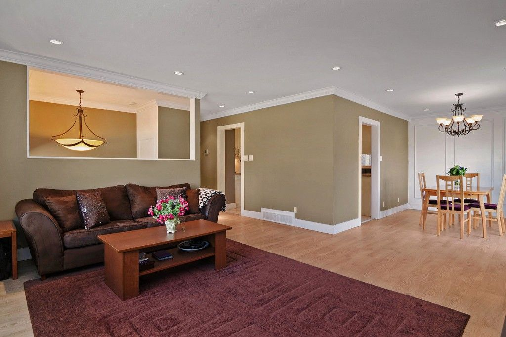 Photo 5: Photos: 2994 PASTURE Circle in Coquitlam: Ranch Park House for sale : MLS®# V1108393