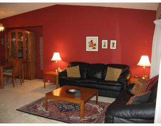 Photo 2: 71 TAUNUS Drive in WINNIPEG: North Kildonan Residential for sale (North East Winnipeg)  : MLS®# 2809015
