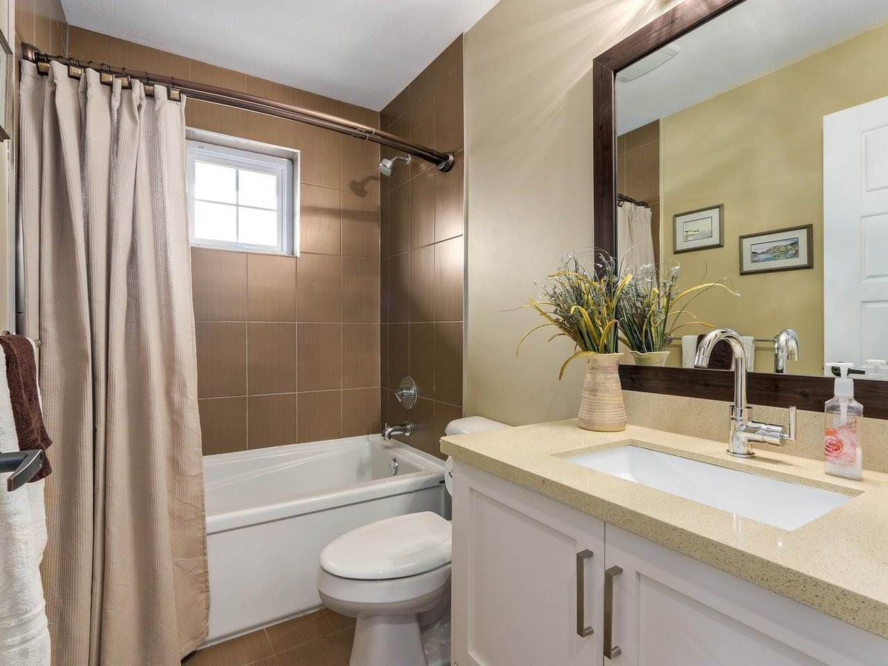 """Photo 14: Photos: 31 17171 2B Avenue in Surrey: Pacific Douglas Townhouse for sale in """"AUGUSTA TOWNHOUSES"""" (South Surrey White Rock)  : MLS®# R2280398"""
