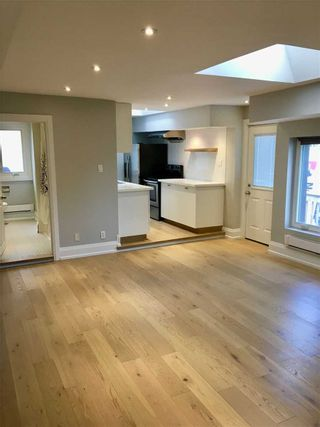 Photo 10: Front 1304 Woodbine Avenue in Toronto: Danforth Village-East York House (Apartment) for lease (Toronto E03)  : MLS®# E4941282