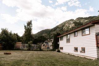 Photo 29: 905 EIGHTH STREET in Salmo: House for sale : MLS®# 2459650
