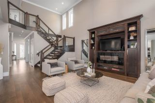 """Photo 7: 585 CHAPMAN Avenue in Coquitlam: Coquitlam West House for sale in """"Coquitlam West"""" : MLS®# R2547535"""