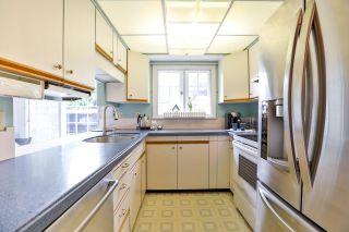"Photo 10: 12645 27A Avenue in Surrey: Crescent Bch Ocean Pk. House for sale in ""Ocean Park"" (South Surrey White Rock)  : MLS®# R2251653"