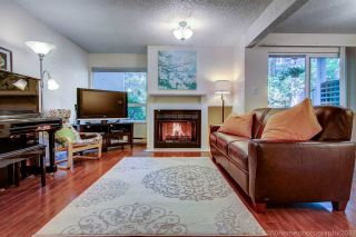 """Photo 2: 3449 WEYMOOR Place in Vancouver: Champlain Heights Townhouse for sale in """"MOORPARK"""" (Vancouver East)  : MLS®# R2168309"""