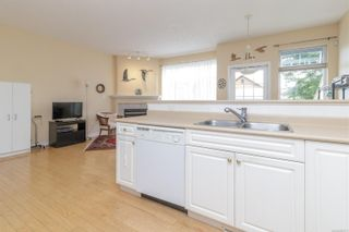 Photo 12: 23 1286 Tolmie Ave in : SE Cedar Hill Row/Townhouse for sale (Saanich East)  : MLS®# 882571
