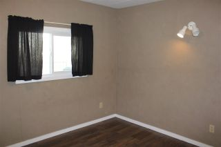 Photo 11: 5009 56 Street: Elk Point Manufactured Home for sale : MLS®# E4214771