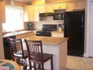 """Photo 4: # 33 6887 SHEFFIELD WY in Sardis: Sardis East Vedder Rd Townhouse for sale in """"PARKSFIELD"""" : MLS®# H1203764"""