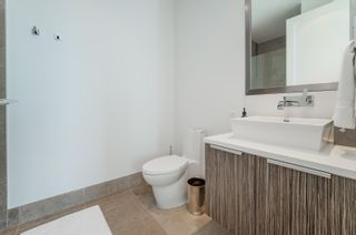 """Photo 18: 701 151 ATHLETES Way in Vancouver: False Creek Condo for sale in """"CANADA HOUSE ON THE WATER"""" (Vancouver West)  : MLS®# R2617164"""