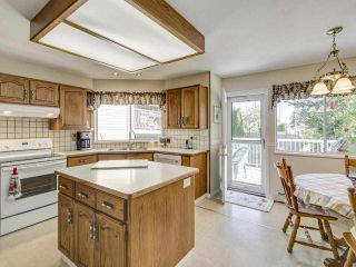 Photo 10: 2756 CAMROSE Drive in Burnaby: Montecito House for sale (Burnaby North)  : MLS®# R2515218