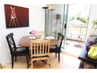 """Photo 6: 210 3131 MAIN Street in Vancouver: Mount Pleasant VE Condo for sale in """"CARTIER PLACE"""" (Vancouver East)  : MLS®# V972221"""