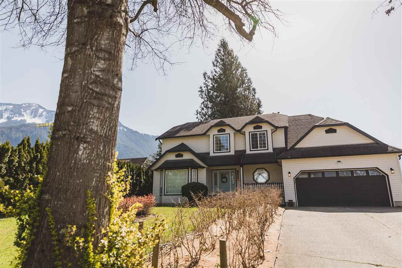 Main Photo: 52570 DYER Road: House for sale in Rosedale: MLS®# R2562471