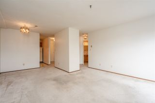 """Photo 8: 310 5710 201 Street in Langley: Langley City Condo for sale in """"White Oaks"""" : MLS®# R2453667"""