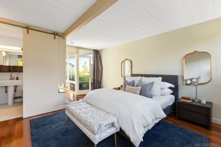 Photo 7: PACIFIC BEACH House for sale : 2 bedrooms : 1264 Agate St in San Diego
