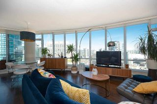 """Photo 8: 2203 833 HOMER Street in Vancouver: Downtown VW Condo for sale in """"Atelier on Robson"""" (Vancouver West)  : MLS®# R2590553"""