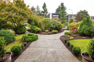 """Photo 3: 303 155 E 5TH Street in North Vancouver: Lower Lonsdale Condo for sale in """"WINCHESTER ESTATES"""" : MLS®# R2024794"""