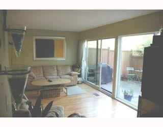 "Photo 2: 9025 LYRA Place in Burnaby: Simon Fraser Hills Townhouse for sale in ""SIMON FRASER HILLS"" (Burnaby North)  : MLS®# V767870"