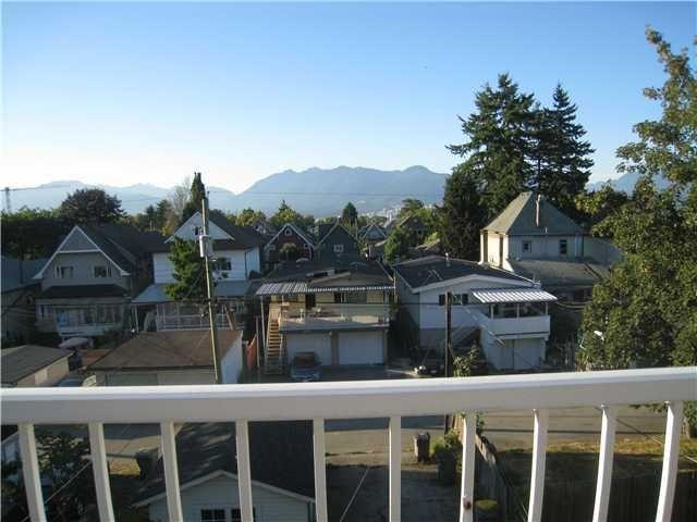 Main Photo: 835 E 13TH AV in Vancouver: Mount Pleasant VE Multifamily for sale (Vancouver East)  : MLS®# V1060494