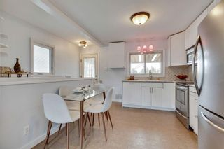 Photo 5: 324 Trafford Drive NW in Calgary: Thorncliffe Detached for sale : MLS®# A1140526