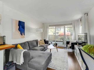 """Photo 12: 4 2223 PRINCE EDWARD Street in Vancouver: Mount Pleasant VE Condo for sale in """"Valko Gardens"""" (Vancouver East)  : MLS®# R2581429"""