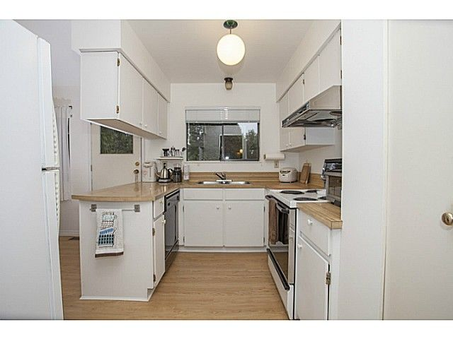 Photo 6: Photos: 1719 PETERS Road in North Vancouver: Lynn Valley House for sale : MLS®# V1105416