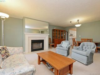 Photo 4: 29 850 Parklands Dr in VICTORIA: Es Gorge Vale Row/Townhouse for sale (Esquimalt)  : MLS®# 788300