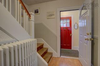 Photo 2: 6132 Shirley Street in Halifax: 2-Halifax South Residential for sale (Halifax-Dartmouth)  : MLS®# 202123568