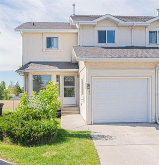 Photo 1: 35 Rundlelawn Park NE in Calgary: Rundle Semi Detached for sale : MLS®# A1154037