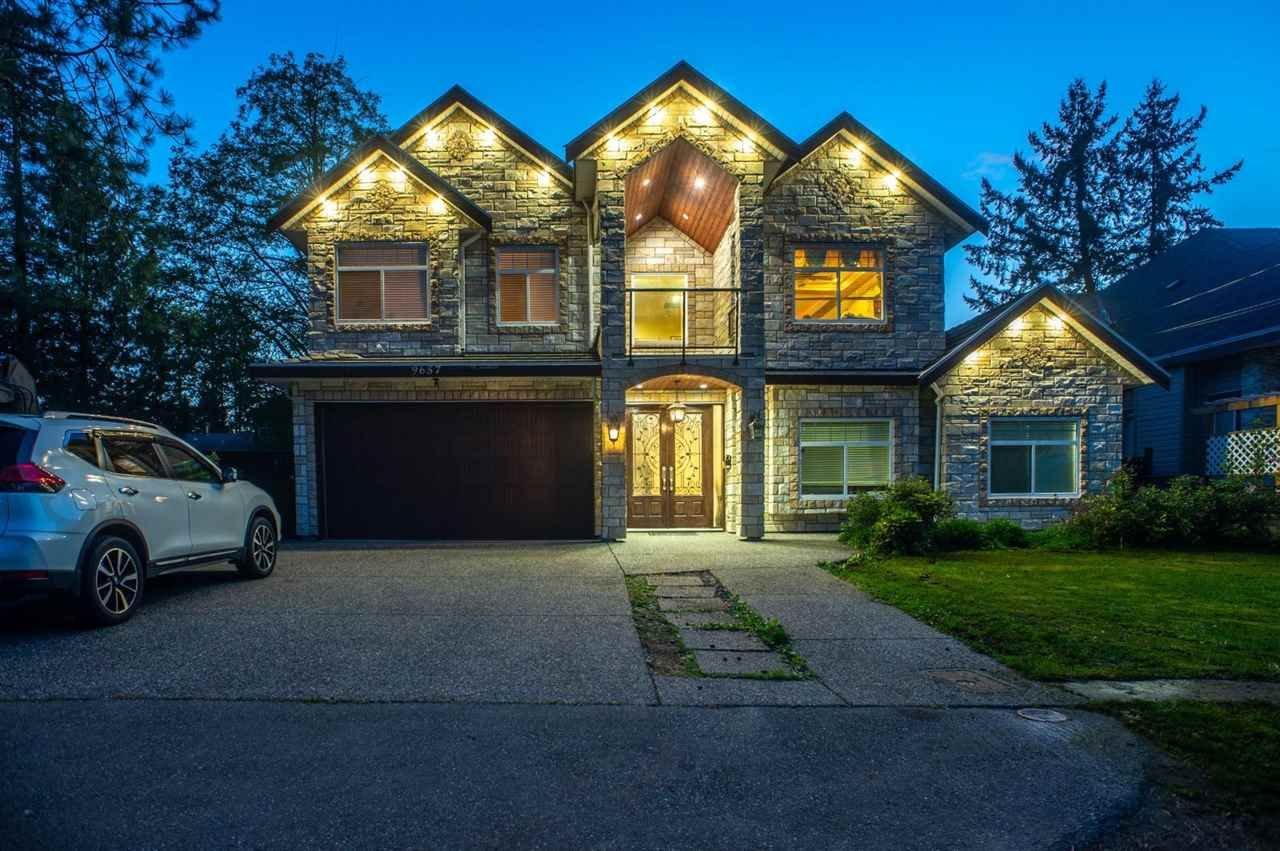 Main Photo: 9657 154 Street in Surrey: Guildford House for sale (North Surrey)  : MLS®# R2575499