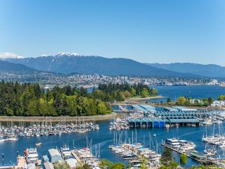 Photo 16: 2001 1888 ALBERNI Street in Vancouver: West End VW Condo for sale (Vancouver West)  : MLS®# R2264448