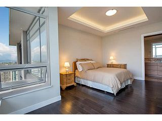 """Photo 15: 3302 2077 ROSSER Avenue in Burnaby: Brentwood Park Condo for sale in """"VANTAGE"""" (Burnaby North)  : MLS®# V1084856"""