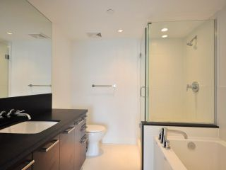 """Photo 8: 1002 1690 W 8TH Avenue in Vancouver: Fairview VW Condo for sale in """"MUSEE"""" (Vancouver West)  : MLS®# V817962"""