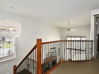 Photo 23: 45 Crestbrook Hill SW in Calgary: Crestmont Detached for sale : MLS®# A1141803