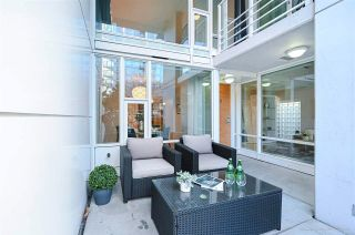 """Photo 3: 112 161 W GEORGIA Street in Vancouver: Downtown VW Townhouse for sale in """"COSMO"""" (Vancouver West)  : MLS®# R2575699"""