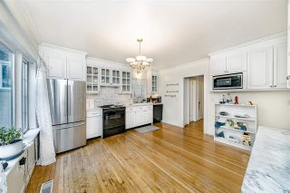 Photo 12: 208 W 23RD AVENUE in Vancouver: Cambie House for sale (Vancouver West)  : MLS®# R2444965