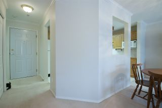"""Photo 6: 106 2626 COUNTESS Street in Abbotsford: Abbotsford West Condo for sale in """"THE WEDGEWOOD"""" : MLS®# R2321097"""