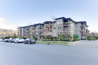 "Photo 2: 311 3178 DAYANEE SPRINGS Boulevard in Coquitlam: Westwood Plateau Condo for sale in ""TAMARACK"" : MLS®# R2530010"