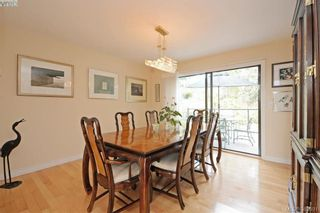 Photo 5: 878 Denford Cres in VICTORIA: SE Lake Hill House for sale (Saanich East)  : MLS®# 767667