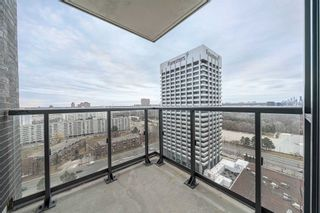 Photo 10: 1911 2 Sonic Way in Toronto: Flemingdon Park Condo for sale (Toronto C11)  : MLS®# C5152906