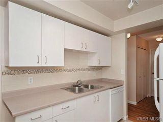 Photo 8: 404 2520 Wark St in VICTORIA: Vi Hillside Condo for sale (Victoria)  : MLS®# 692859