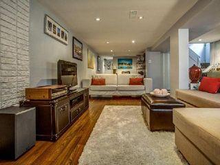 Photo 3: 904 Briar Hill Avenue in Toronto: Briar Hill-Belgravia House (Bungalow) for sale (Toronto W04)  : MLS®# W3006812