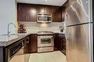 """Photo 2: 902 660 NOOTKA Way in Port Moody: Port Moody Centre Condo for sale in """"NAHANNI"""" : MLS®# R2436770"""