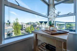 """Photo 14: 613 2655 CRANBERRY Drive in Vancouver: Kitsilano Condo for sale in """"NEW YORKER"""" (Vancouver West)  : MLS®# R2581568"""