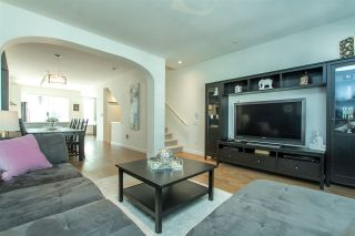 """Photo 14: 53 8438 207A Street in Langley: Willoughby Heights Townhouse for sale in """"YORK By Mosaic"""" : MLS®# R2201885"""