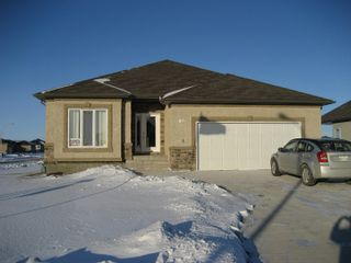 Photo 1: 60 Britton Bay in Headingley: Headingley North Single Family Detached for sale (Manitoba Other)